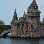 Bold castle