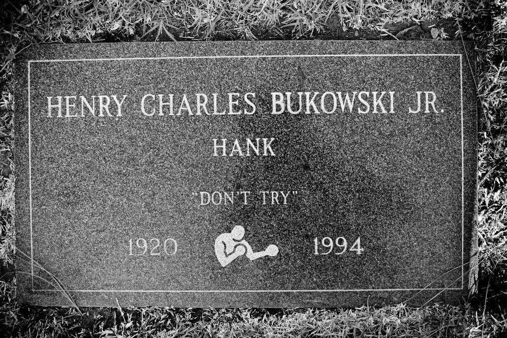 цитати от Чарлз Буковски