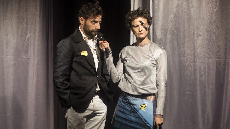 Седем дни от живота на Симон Лаброс, постановка в театър 199, автор на снимката ГЕргана Дамянова